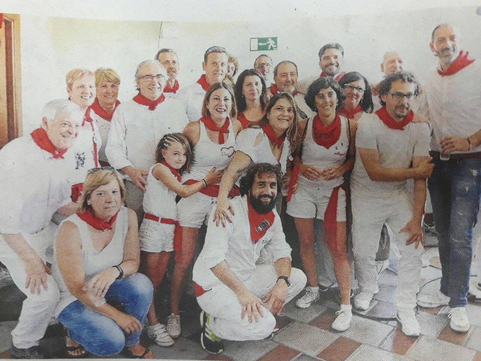 Compañeros y compañeras de IE en el inicio de las fiestas de Tudela.